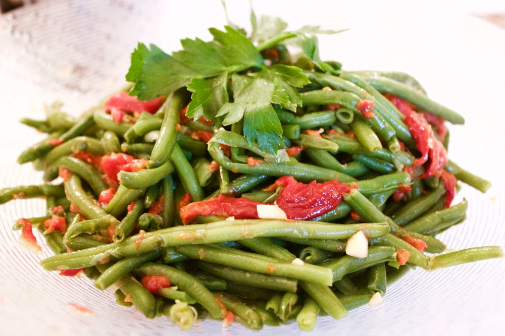 Green beans and roasted capsicum salad *
