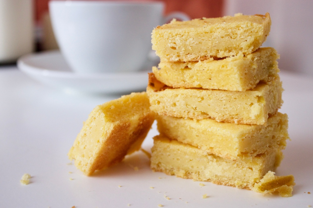 Lemon zest corn bread *