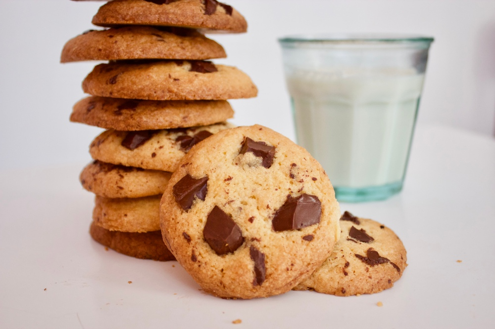 Chocolate chip cookies *